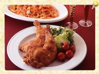 クリスマスのから揚げと魚介のトマトクリームスパゲッティ