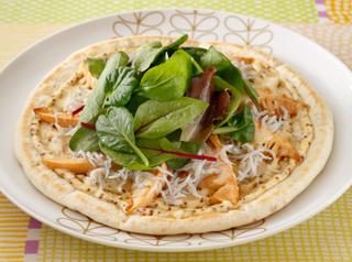 筍とシラス干しのピザ