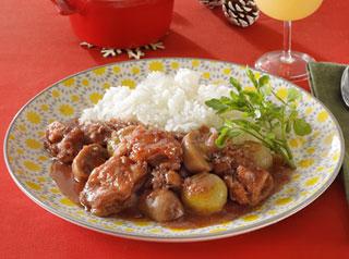 鶏肉とプチオニオンの赤ワイン煮